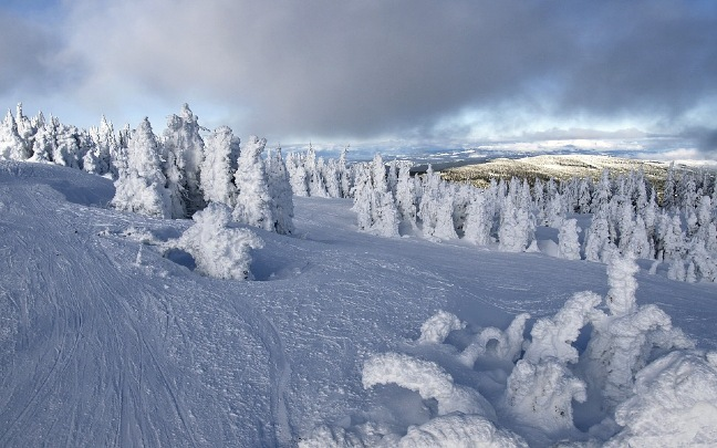 Canada-best-place-to-ski-and-snowboard