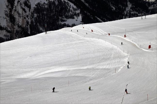 Switzerland-best-place-ski-and-snowboarding