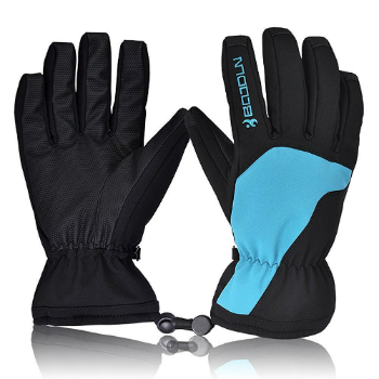 Christmas gifts for snowboarders: Ski Gloves for him and her