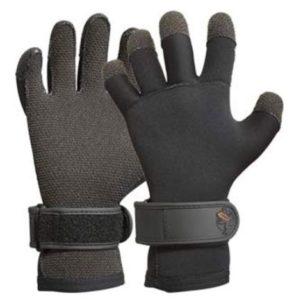 Best Wetsuit Gloves 2019