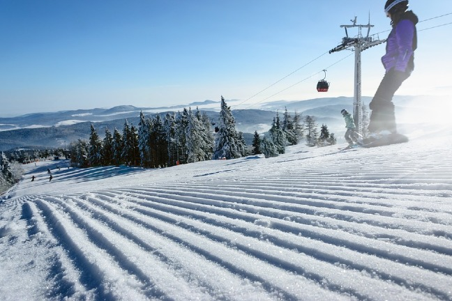 USA-best-place-to-ski-snowboarding
